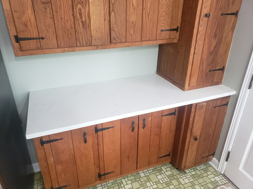 Aspen Quartz Kitchen Countertops With Natural Wood Cabinets