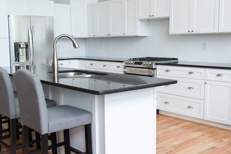 Black Pearl Granite kitchen island and countertop