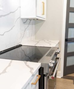 Calacatta Sponda Quartz kitchen countertops full range backsplash