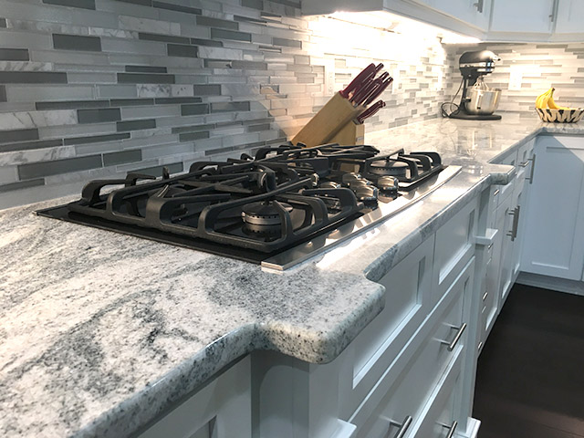Viscon White Granite Kitchen Countertops With Cooktop
